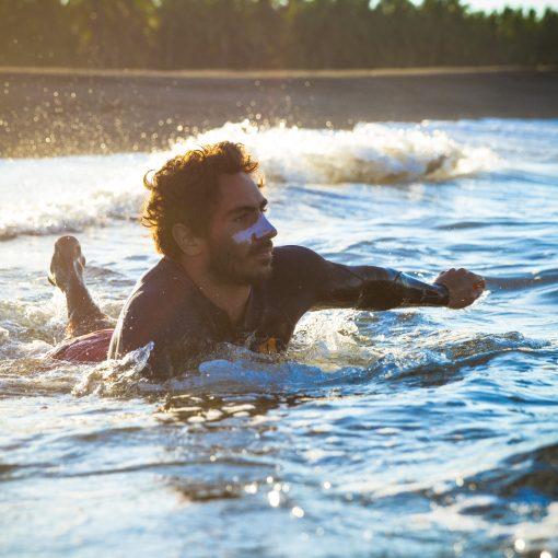 bien se protéger la peau du visage sur un surf