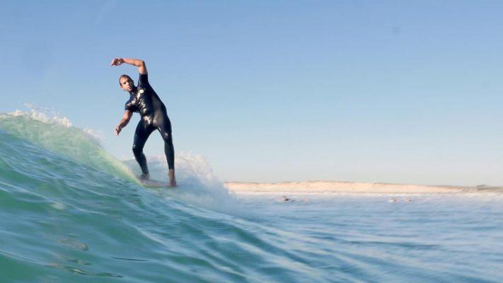 surf gawood en action sur l'eau