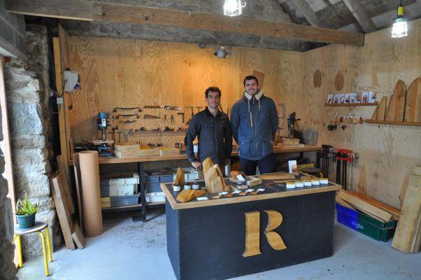 CAmille et Pierre dans l'atelier maison rivage