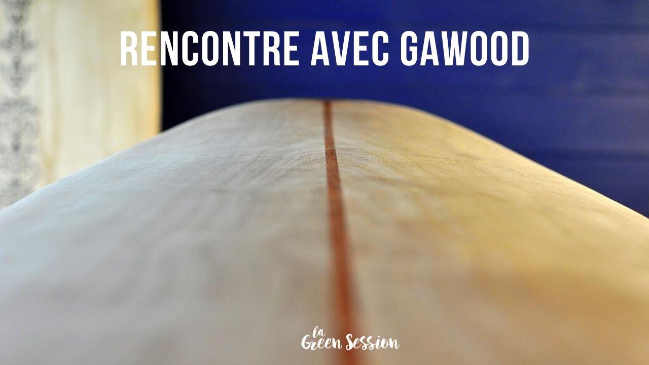 Zoom planche de surf en bois Gawood